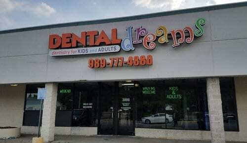 Family Dentist Located in Saginaw